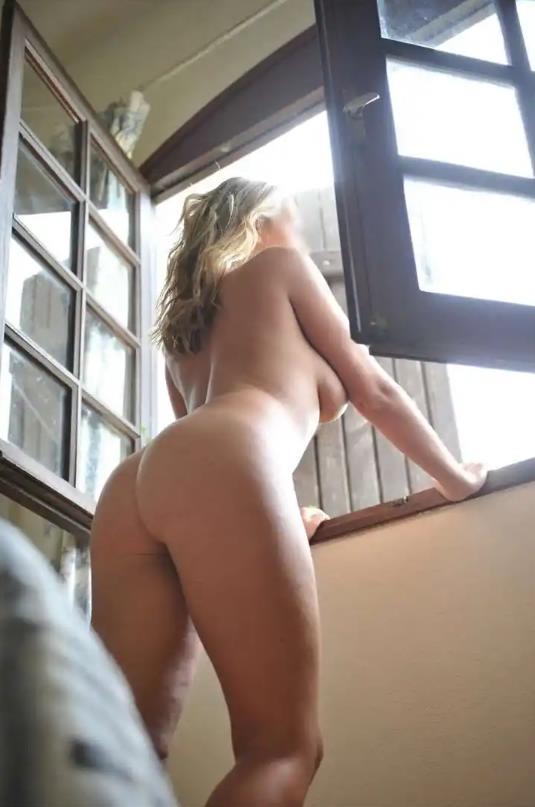 Sara escort